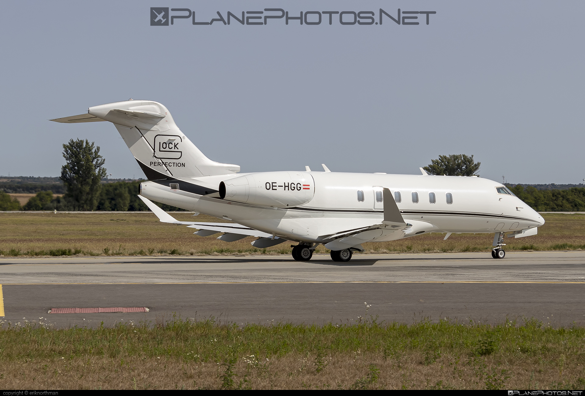 Bombardier Challenger 350 (BD-100-1A10) - OE-HGG operated by Glock Aviation #bd1001a10 #bombardier #challenger350 #glockaviation