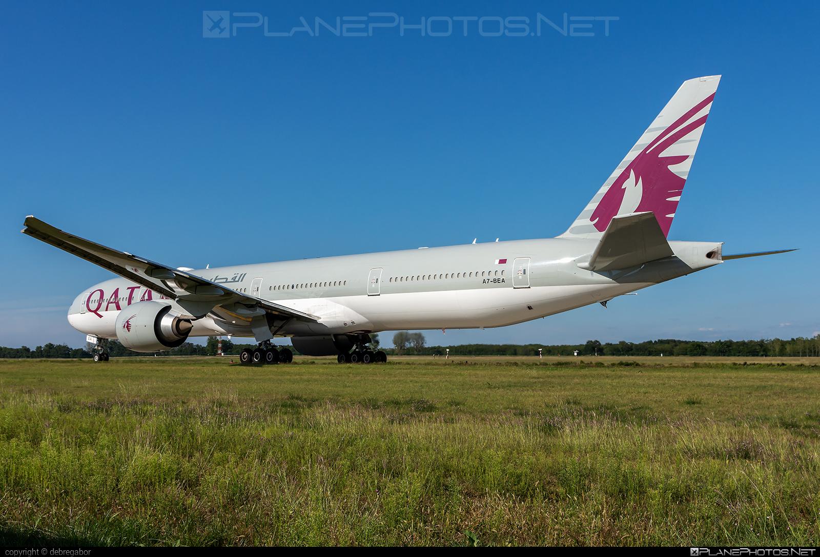 Boeing 777-300ER - A7-BEA operated by Qatar Airways #b777 #b777er #boeing #boeing777 #qatarairways #tripleseven