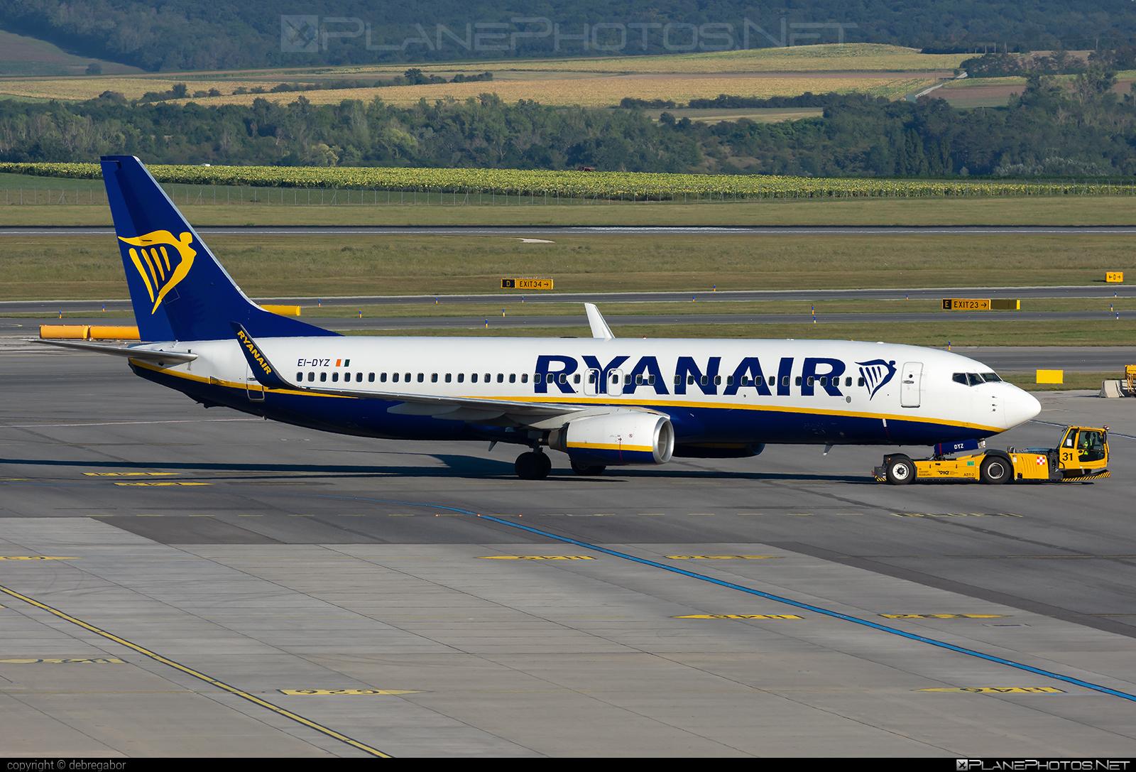 Boeing 737-800 - EI-DYZ operated by Ryanair #b737 #b737nextgen #b737ng #boeing #boeing737 #ryanair
