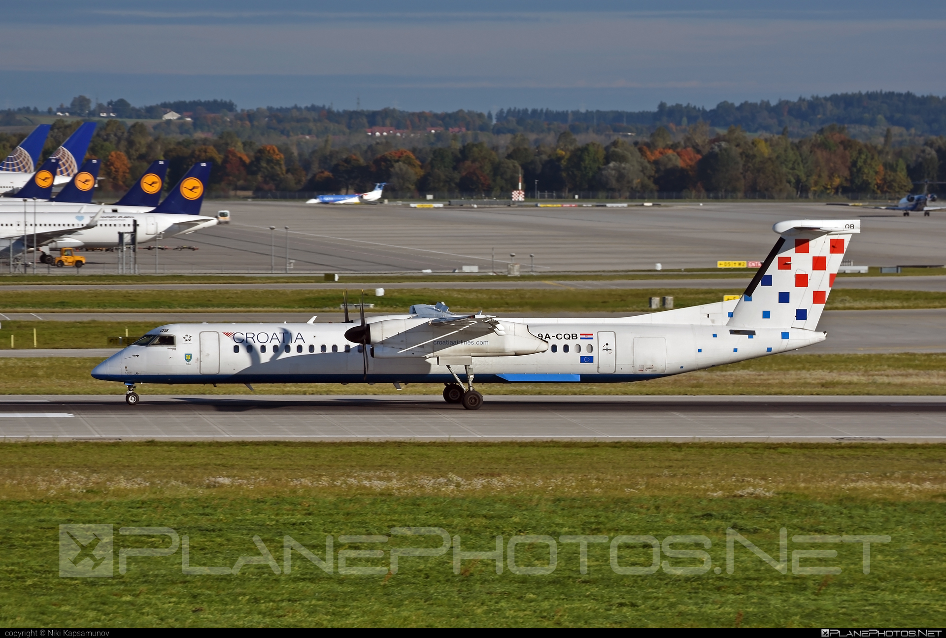 Bombardier DHC-8-Q402 Dash 8 - 9A-CQB operated by Croatia Airlines #bombardier