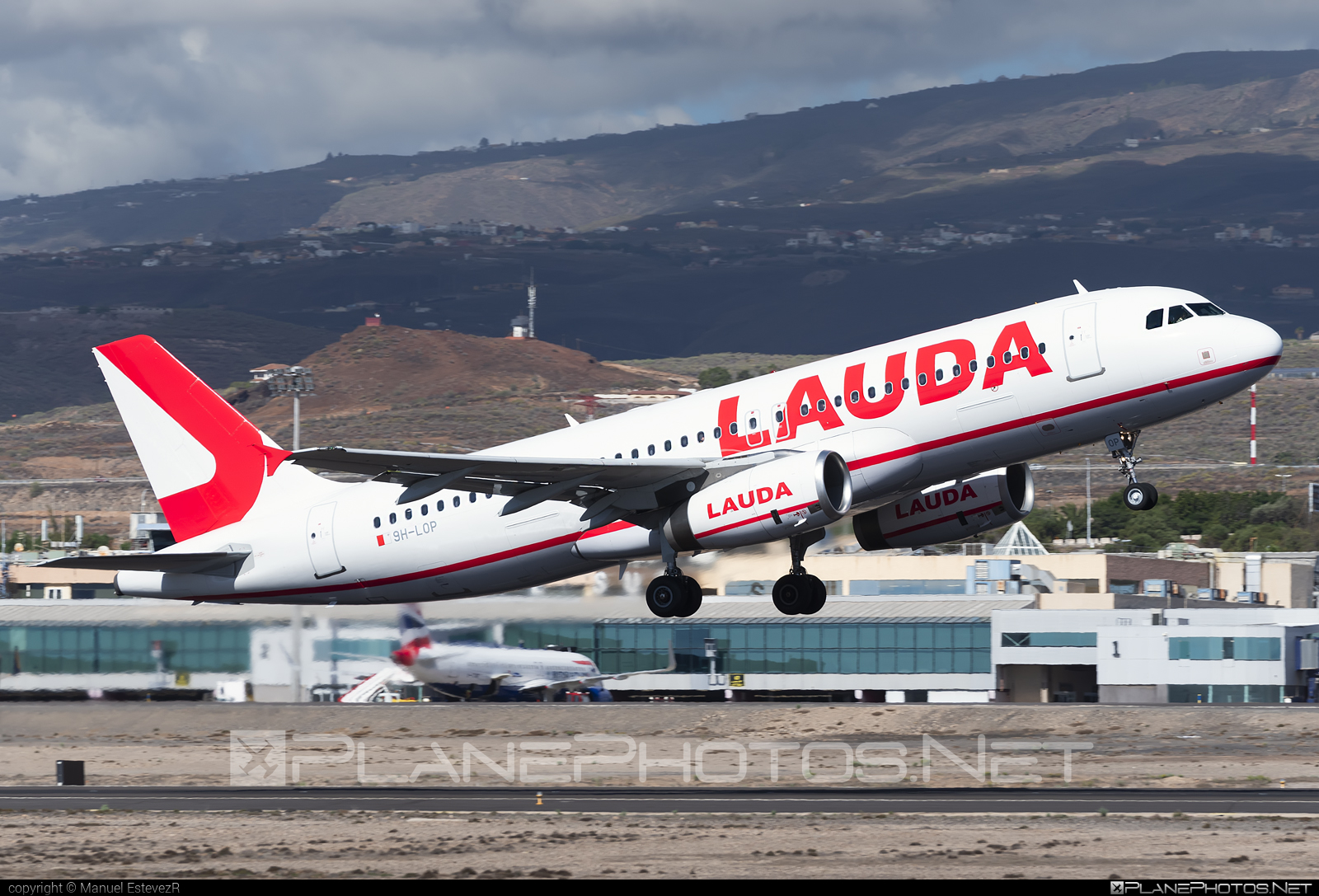 Airbus A320-232 - 9H-LOP operated by Lauda Europe #a320 #a320family #airbus #airbus320 #laudaeurope