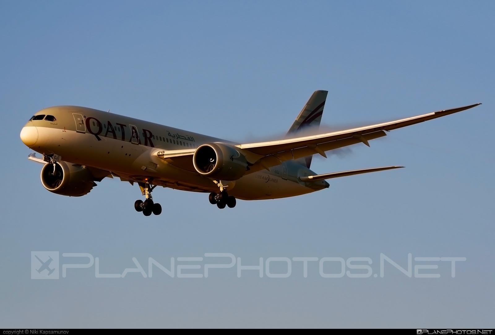 Boeing 787-8 Dreamliner - A7-BCJ operated by Qatar Airways #b787 #boeing #boeing787 #dreamliner #qatarairways