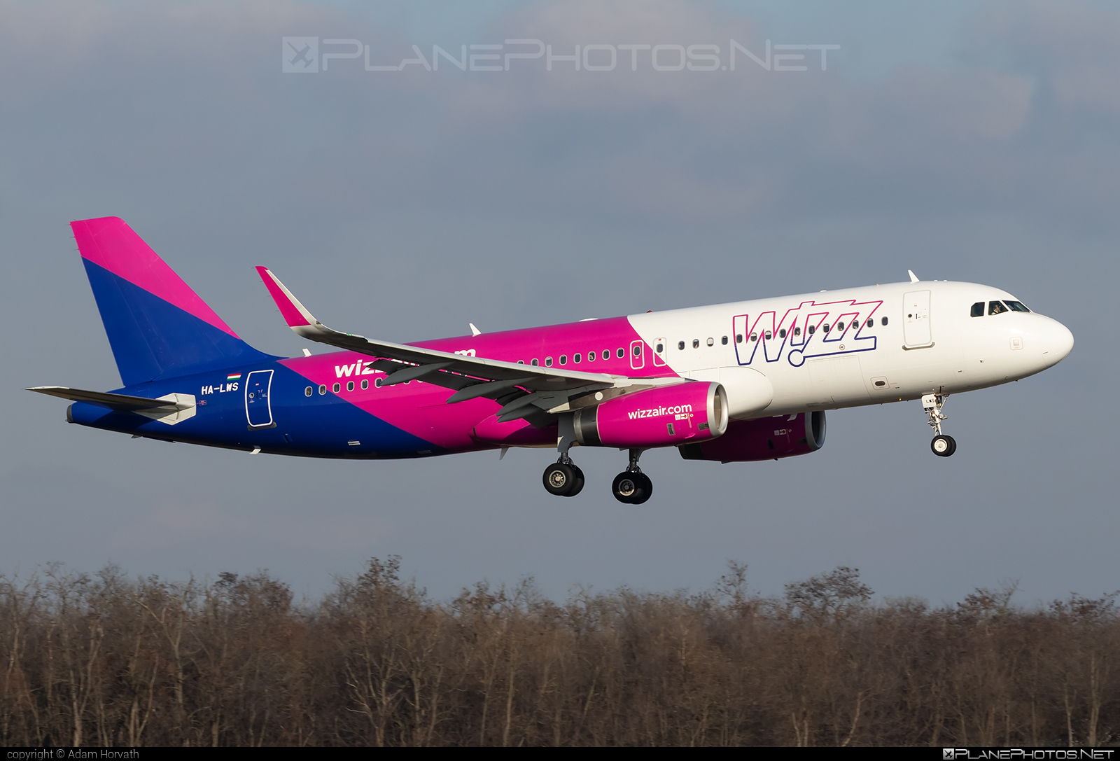 Airbus A320-232 - HA-LWS operated by Wizz Air #a320 #a320family #airbus #airbus320 #wizz #wizzair