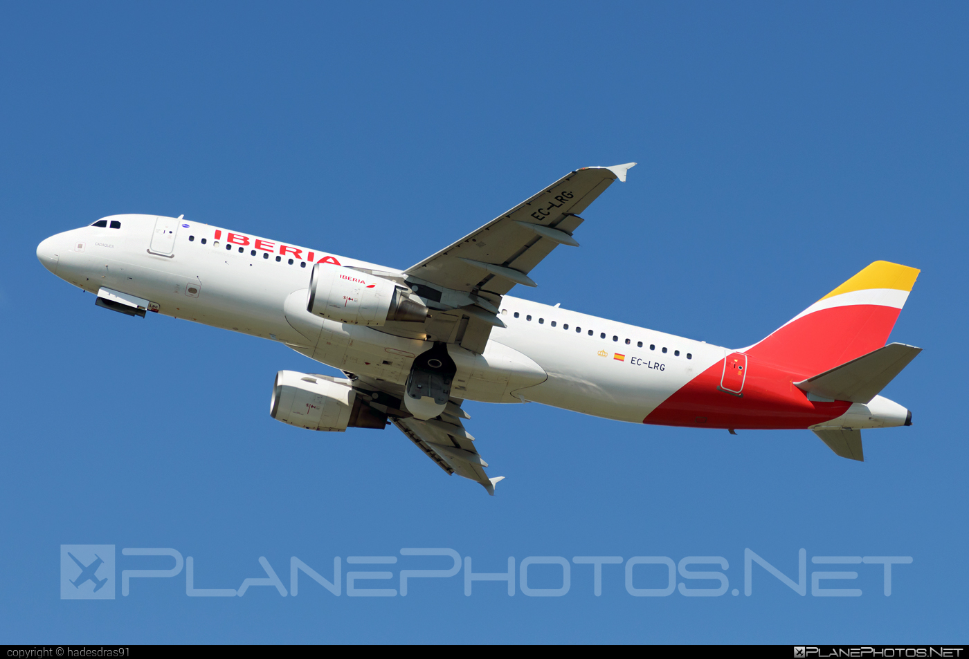 Airbus A320-214 - EC-LRG operated by Iberia #a320 #a320family #airbus #airbus320 #iberia