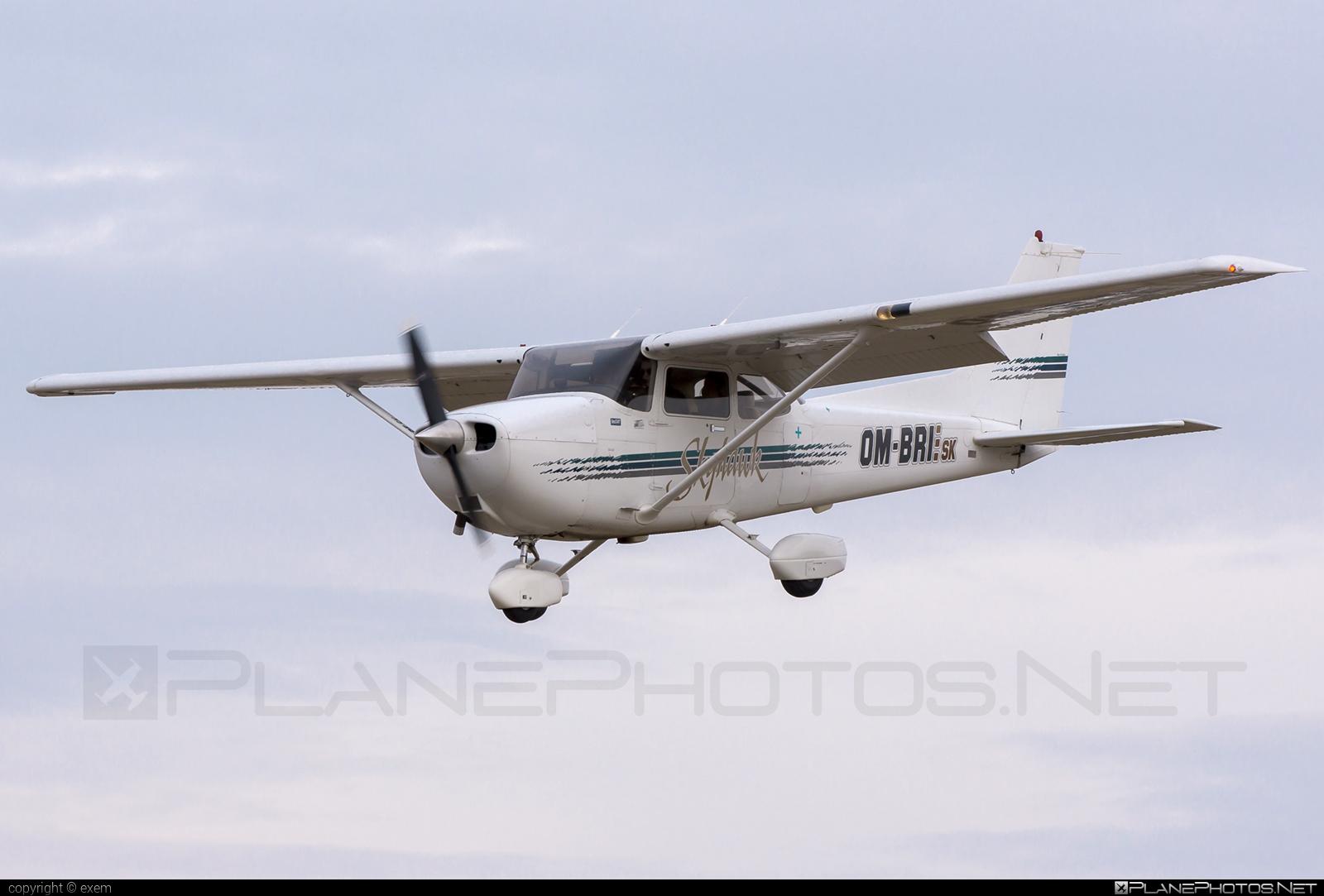 Cessna 172R Skyhawk II - OM-BRI operated by Private operator #cessna #cessna172 #cessna172r #cessna172rskyhawk #cessna172skyhawk #cessnaskyhawk #skyhawkii