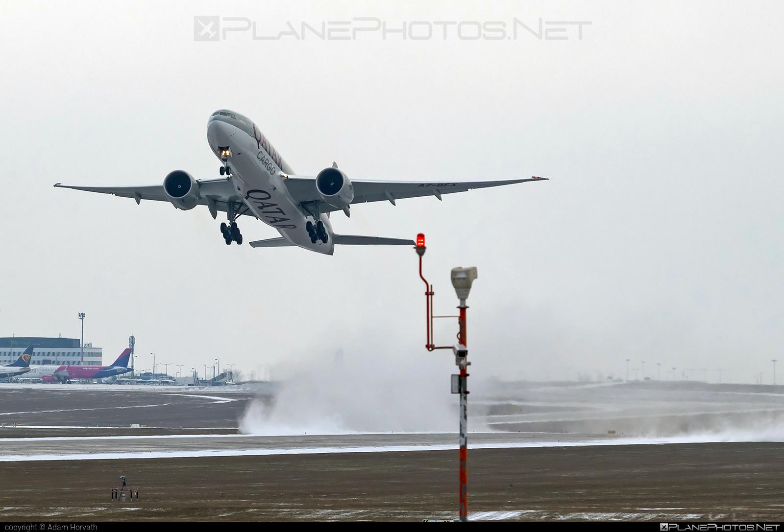 Boeing 777F - A7-BFX operated by Qatar Airways Cargo #b777 #b777f #b777freighter #boeing #boeing777 #qatarairwayscargo #tripleseven
