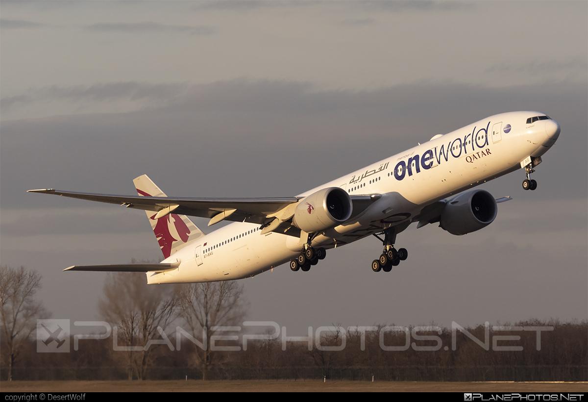 Boeing 777-300ER - A7-BAG operated by Qatar Airways #b777 #b777er #boeing #boeing777 #qatarairways #tripleseven