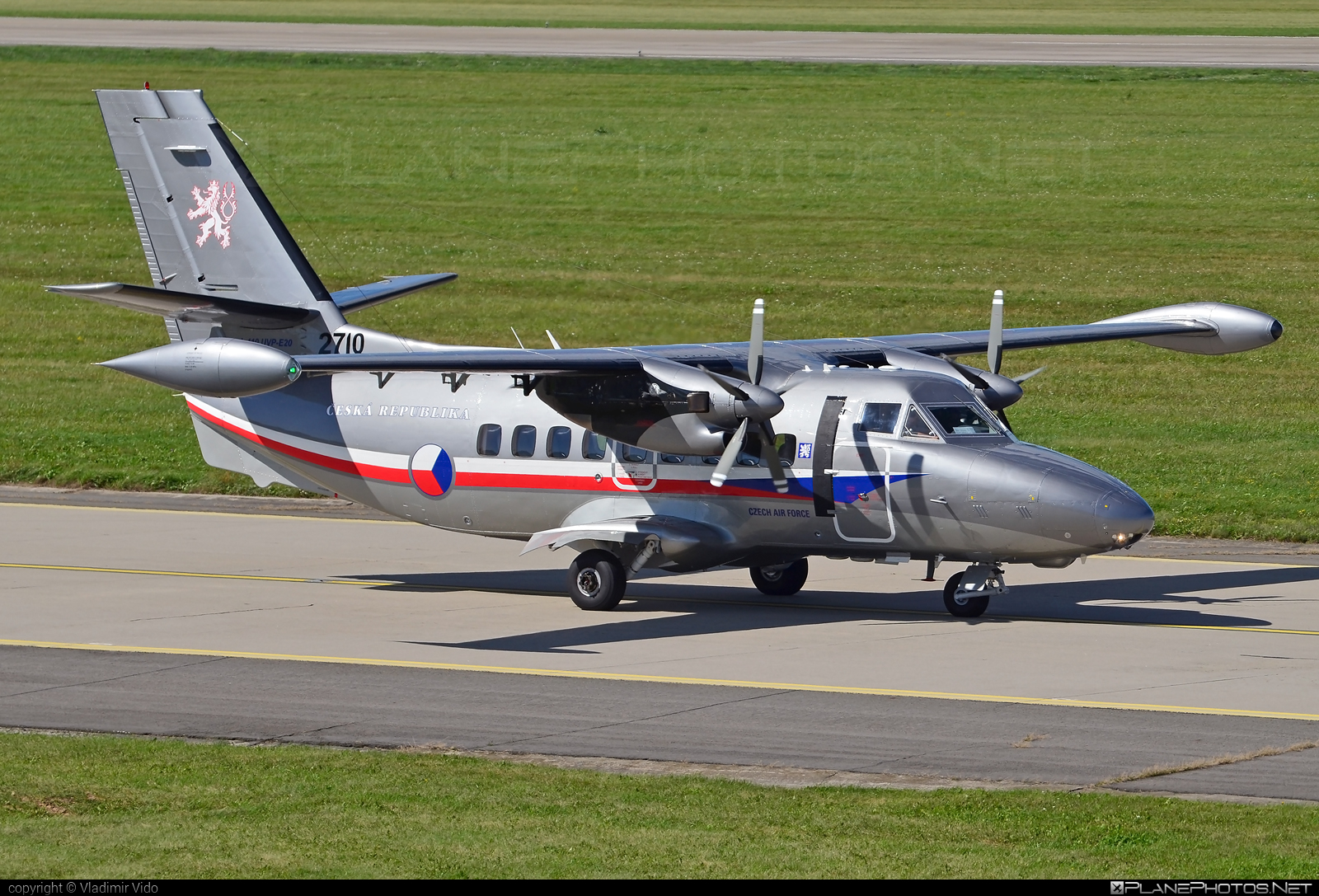 Let L-410UVP-E20 Turbolet - 2710 operated by Vzdušné síly AČR (Czech Air Force) #L410 #L410Turbolet #L410uvpe20 #L410uvpe20Turbolet #czechairforce #let #natodays #natodays2017 #turbolet #vzdusnesilyacr