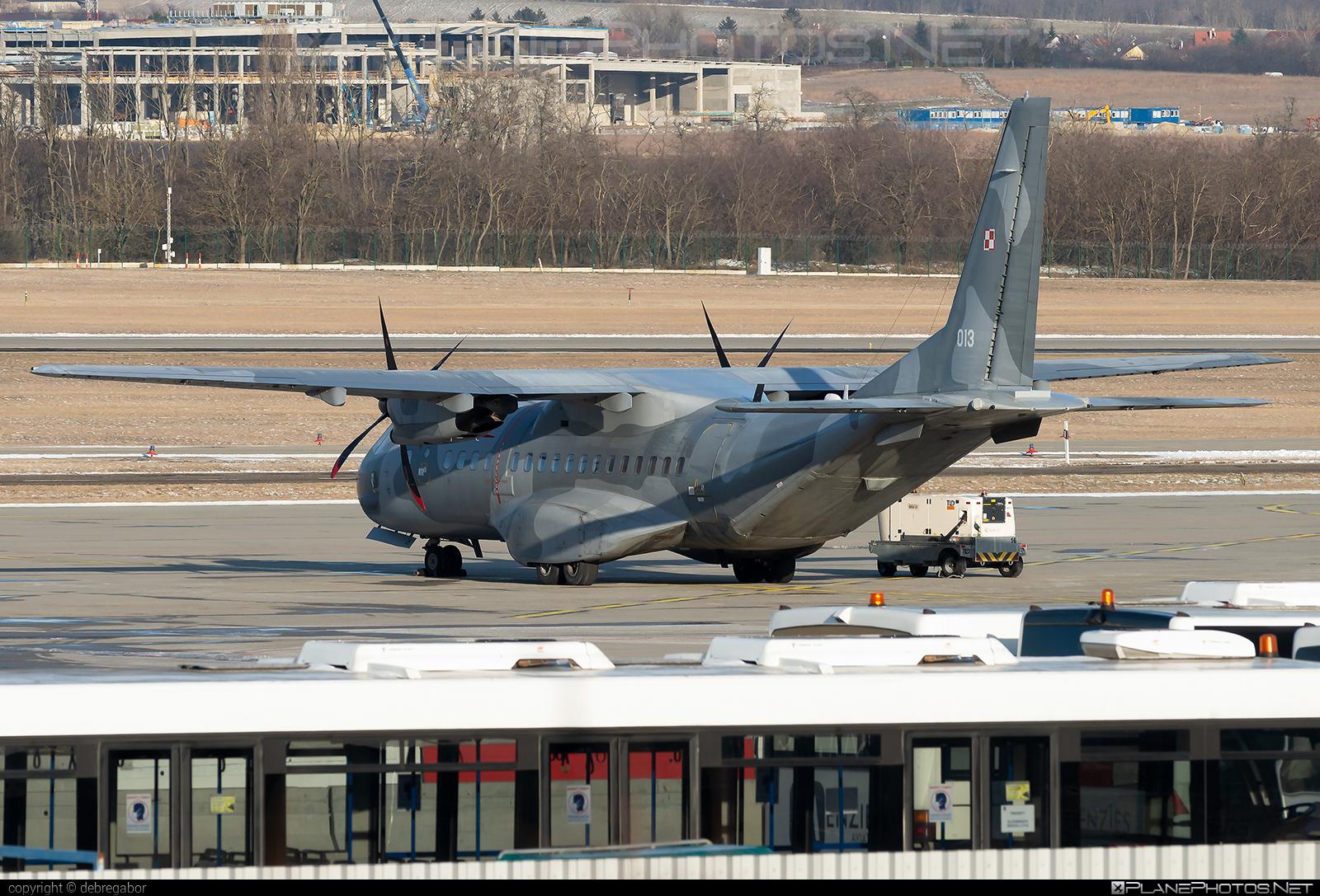 CASA 295M - 013 operated by Siły Powietrzne Rzeczypospolitej Polskiej (Polish Air Force) #casa #casa295 #casa295m #polishairforce #silypowietrzne
