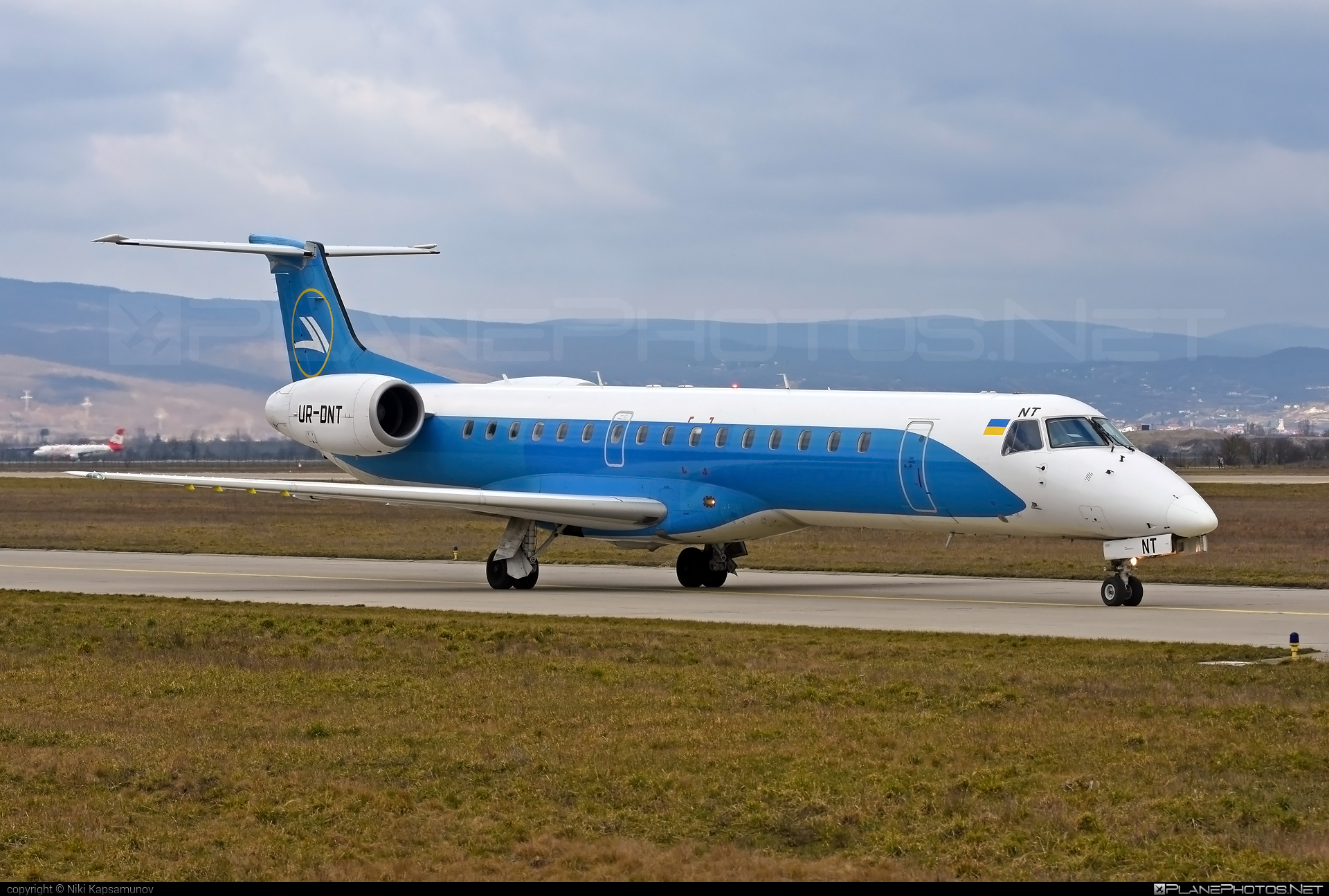 Embraer ERJ-145LR - UR-DNT operated by Windrose Airlines #embraer #windroseairlines
