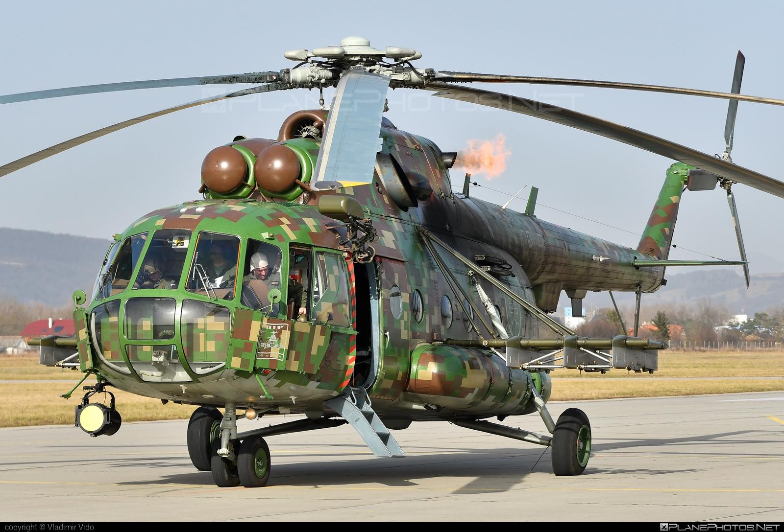 Mil Mi-17M - 0845 operated by Vzdušné sily OS SR (Slovak Air Force) #mi17 #mi17m #mil #milhelicopters #milmi17 #milmi17m #slovakairforce #vzdusnesilyossr