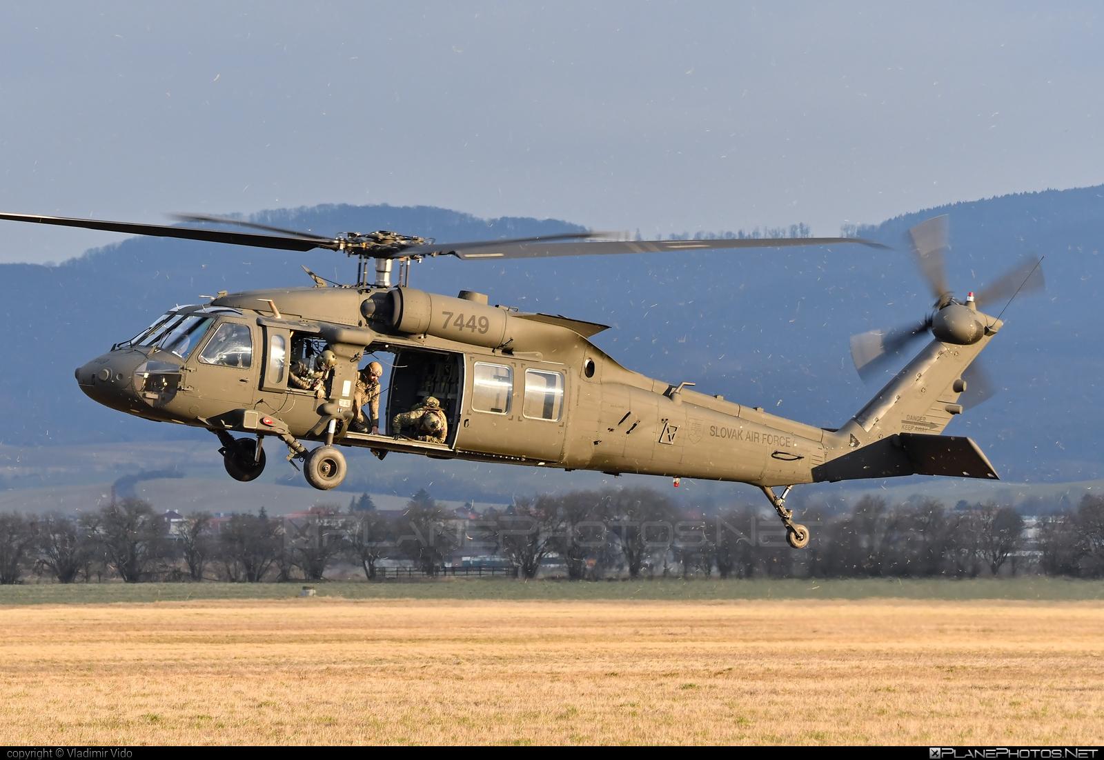 Sikorsky UH-60M Black Hawk - 7449 operated by Vzdušné sily OS SR (Slovak Air Force) #blackhawk #sikorsky #slovakairforce #uh60 #uh60blackhawk #uh60m #vzdusnesilyossr