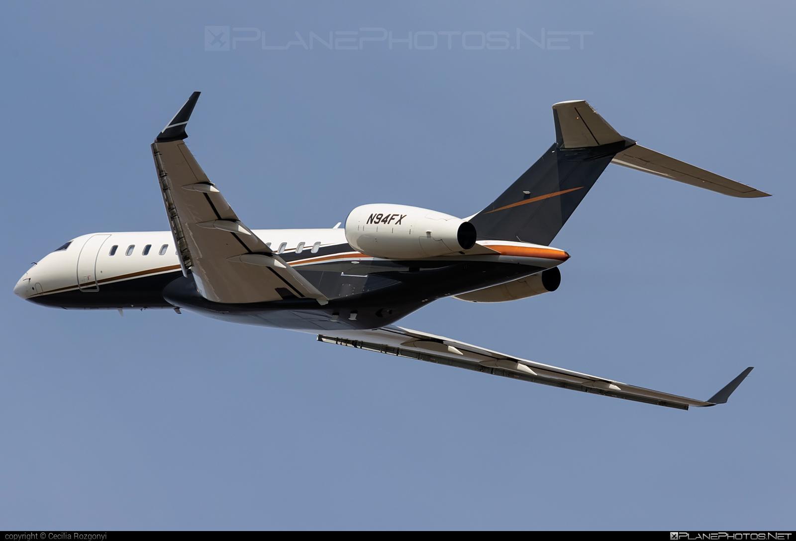 Bombardier Global Express XRS (BD-700-1A10) - N94FX operated by Flexjet #bd7001a10 #bombardier #bombardierglobalexpressxrs #flexjet #globalexpress #globalexpressxrs