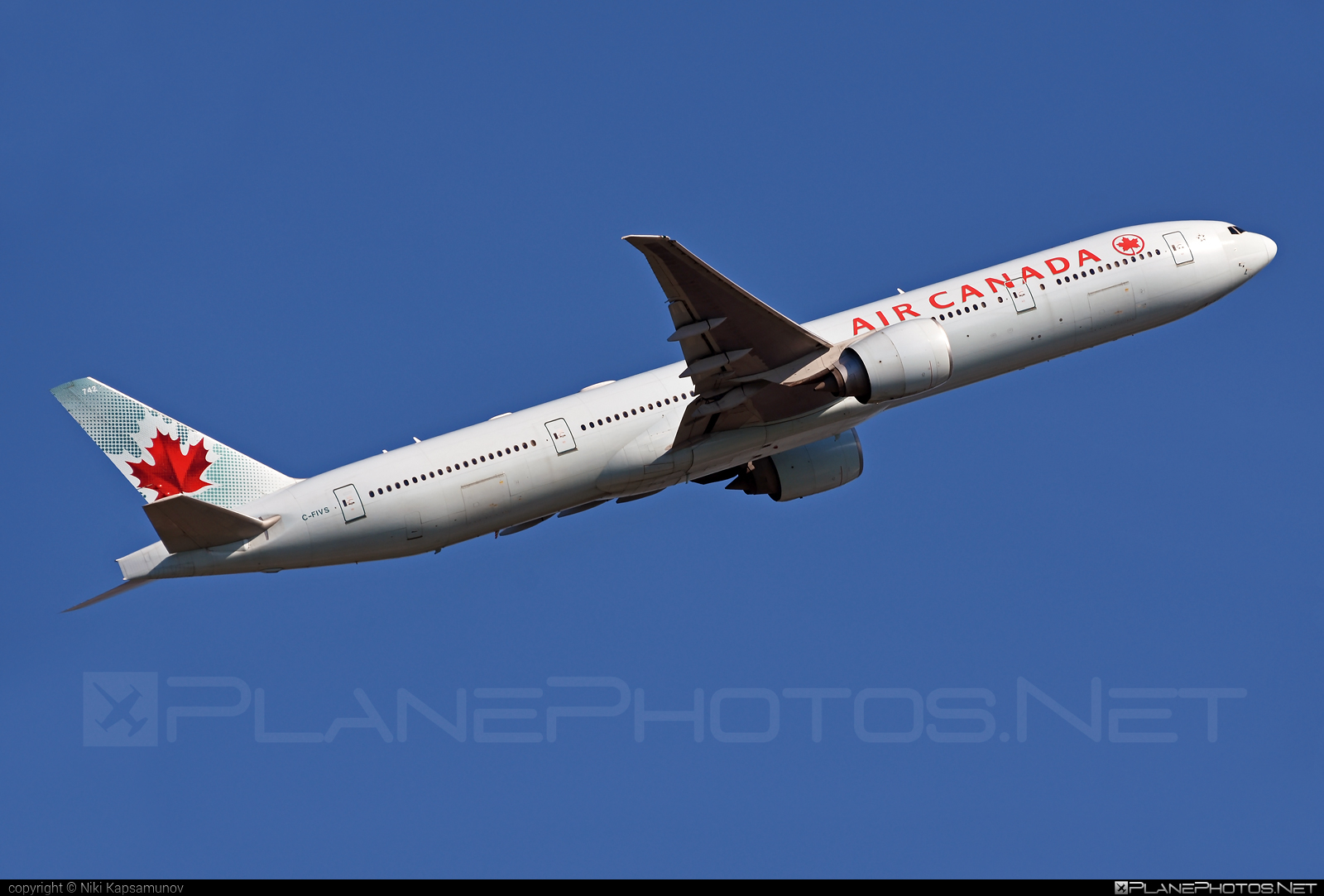 Boeing 777-300ER - C-FIVS operated by Air Canada #aircanada #b777 #b777er #boeing #boeing777 #tripleseven