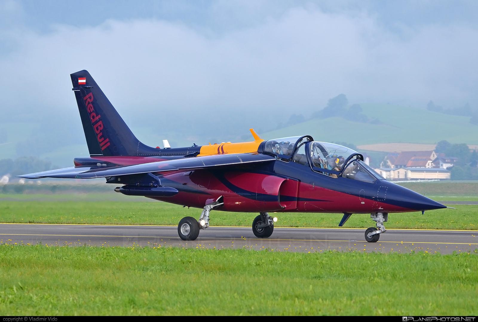 Dassault-Dornier Alpha Jet FB - OE-FRB operated by The Flying Bulls #alphajet #alphajetfb #dassaultdornier #theflyingbulls