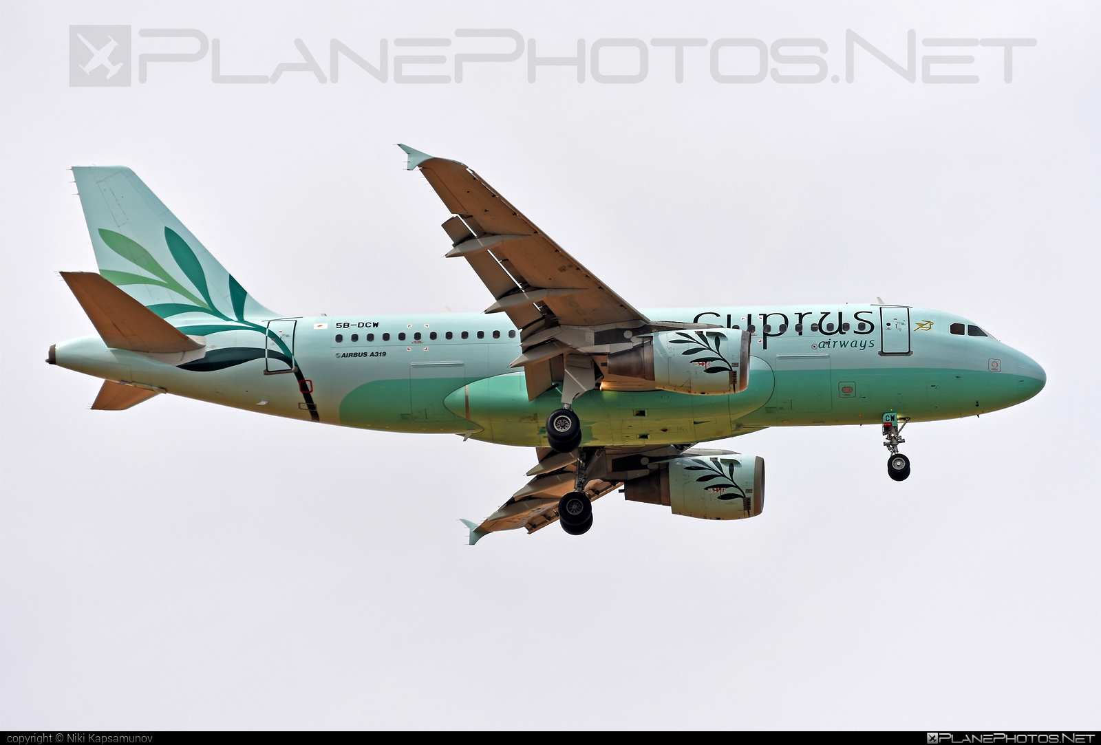 Airbus A319-114 - 5B-DCW operated by Cyprus Airways #CyprusAirways #a319 #a320family #airbus #airbus319