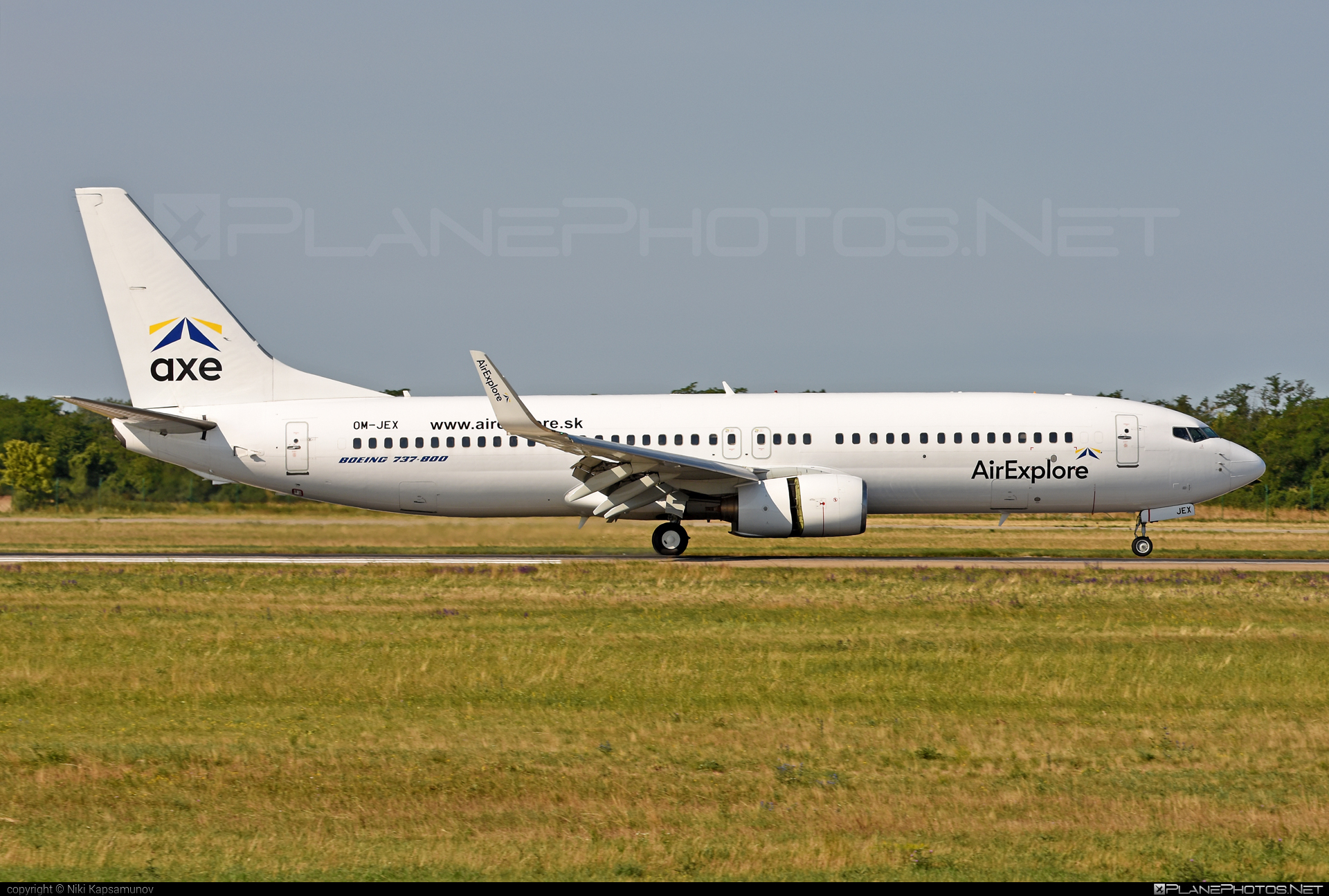 Boeing 737-800 - OM-JEX operated by AirExplore #AirExplore #b737 #b737nextgen #b737ng #boeing #boeing737
