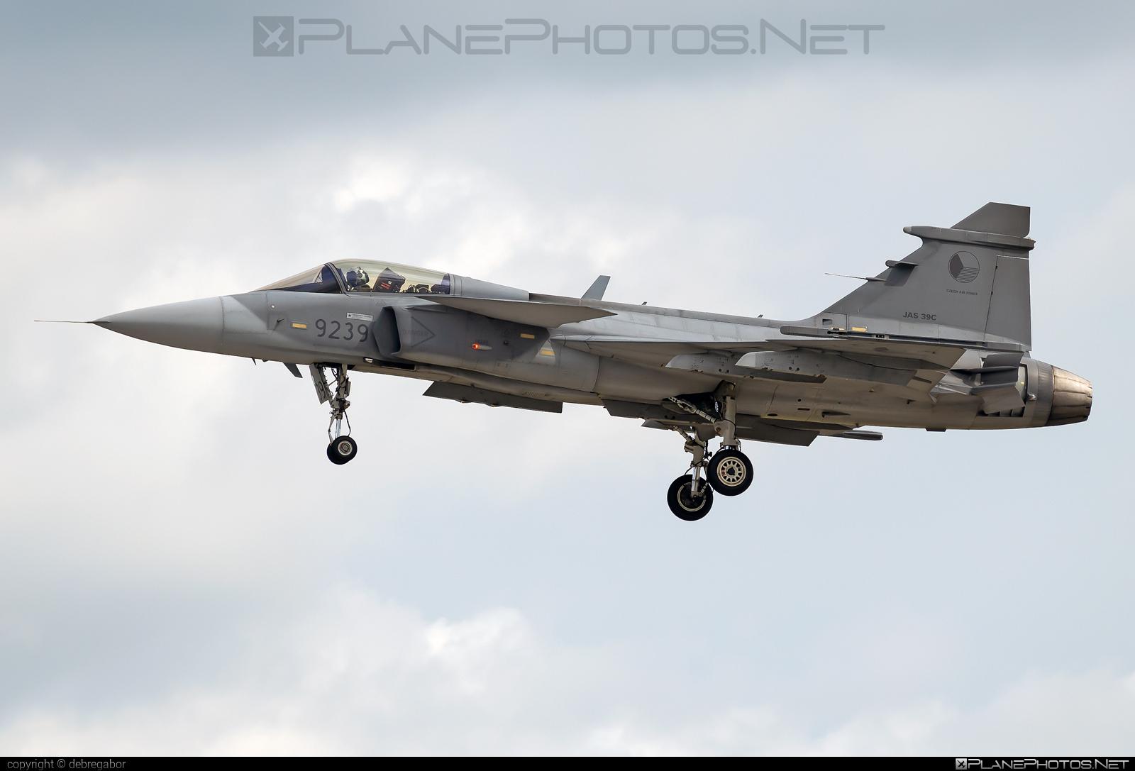 Saab JAS 39C Gripen - 9239 operated by Vzdušné síly AČR (Czech Air Force) #czechairforce #gripen #jas39 #jas39c #jas39gripen #kecskemetairshow2021 #saab #vzdusnesilyacr