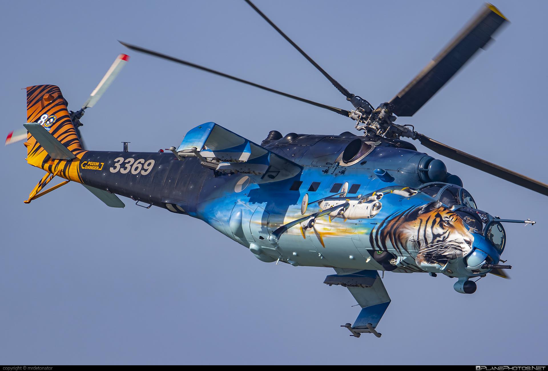 Mil Mi-35 - 3369 operated by Vzdušné síly AČR (Czech Air Force) #czechairforce #mi35 #mil #milhelicopters #siaf2021 #vzdusnesilyacr