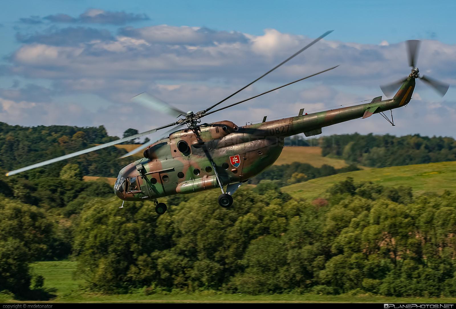 Mil Mi-17 - 0827 operated by Vzdušné sily OS SR (Slovak Air Force) #mi17 #mil #mil17 #milhelicopters #slovakairforce #vzdusnesilyossr