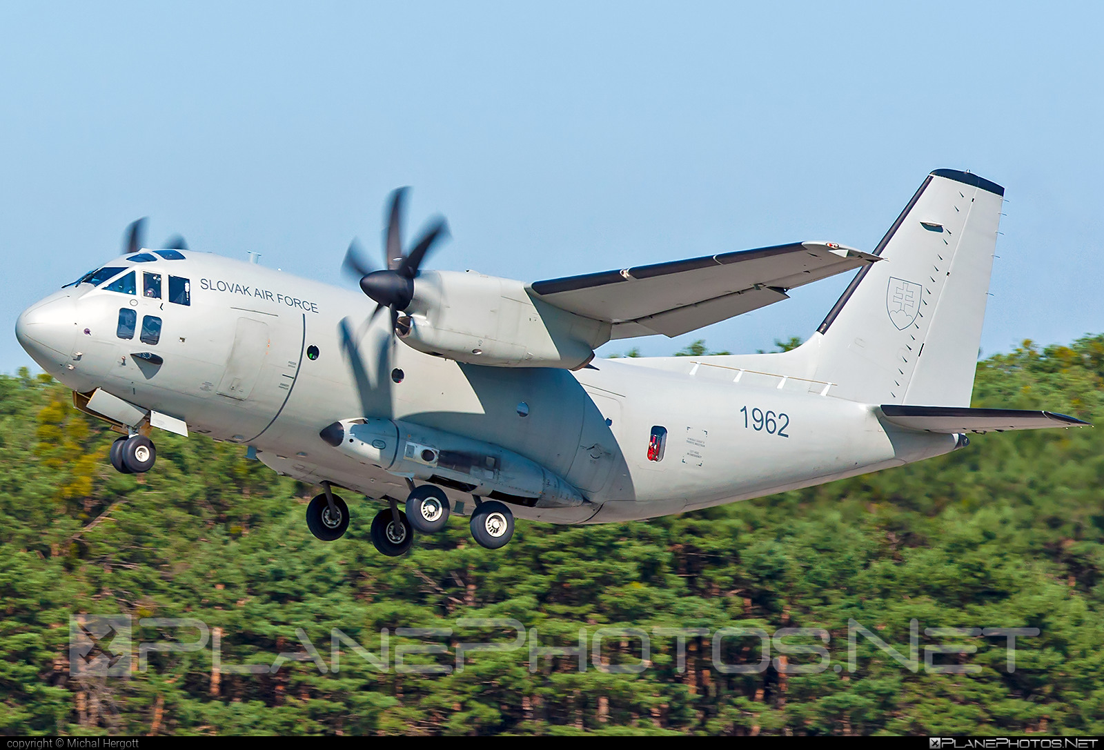 Leonardo C-27J Spartan - 1962 operated by Vzdušné sily OS SR (Slovak Air Force) #airshow #c27j #c27jspartan #c27spartan #leonardo #leonardo27j #leonardoc27jspartan #leonardospartan #siaf #siaf2021 #slovakairforce #vzdusnesilyossr