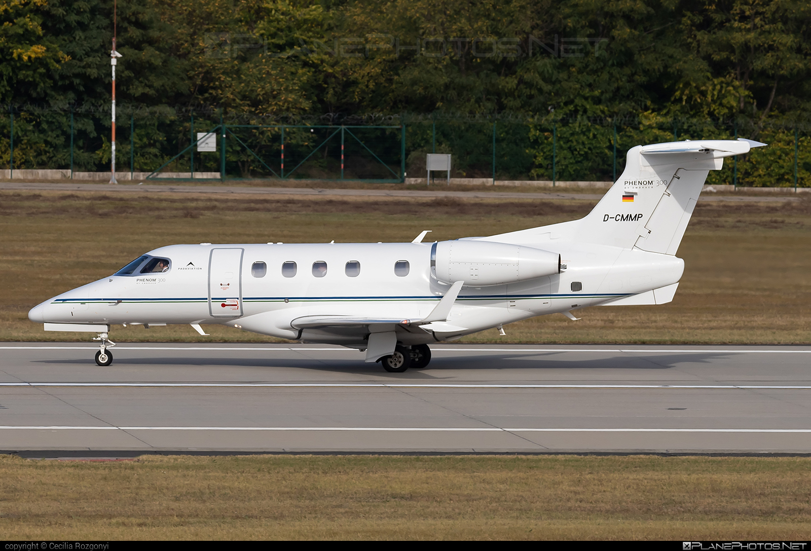 Embraer Phenom 300 (EMB-505) - D-CMMP operated by PADAVIATION #D-CMMP #FerencLisztIntl #emb505 #embraer #embraer505 #embraerphenom #embraerphenom300 #padaviation #phenom300