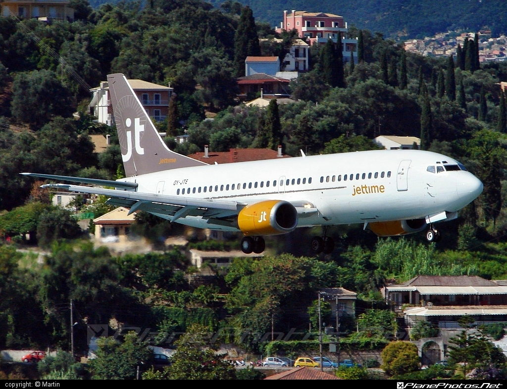 Boeing 737-300 - OY-JTE operated by Jet Time #b737 #boeing #boeing737
