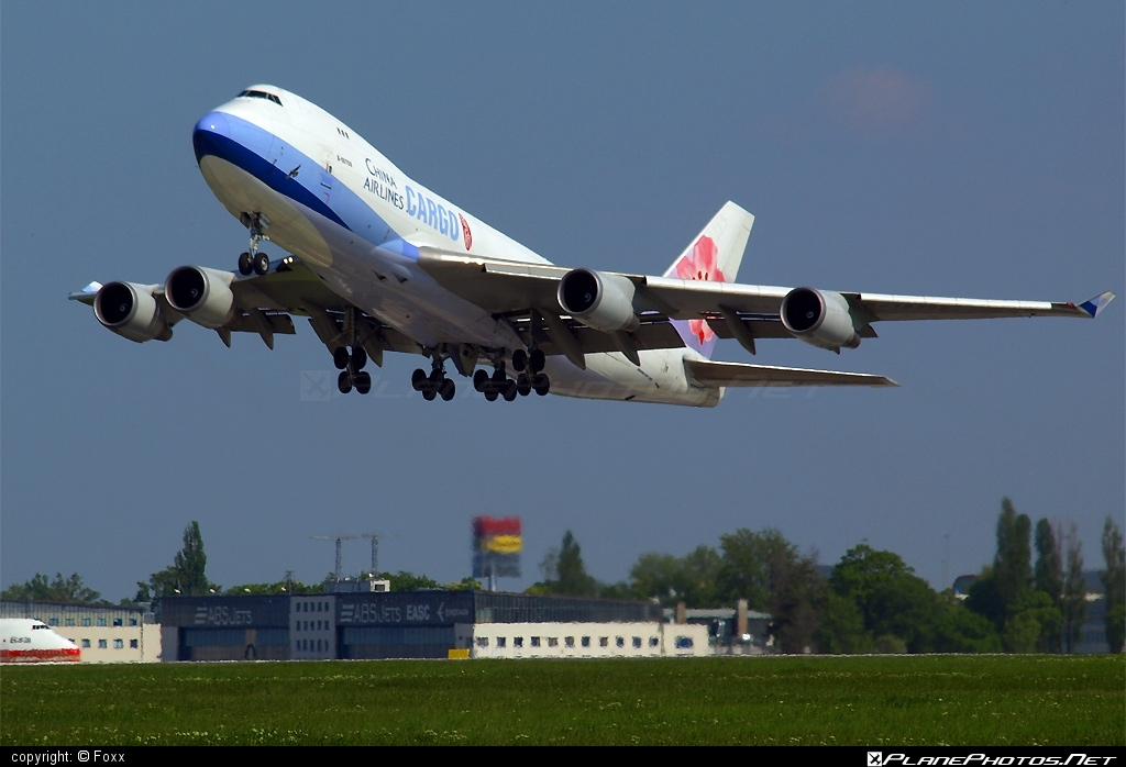 Boeing 747-400F - B-18708 operated by China Airlines Cargo #b747 #boeing #boeing747 #chinaairlines #chinaairlinescargo #jumbo