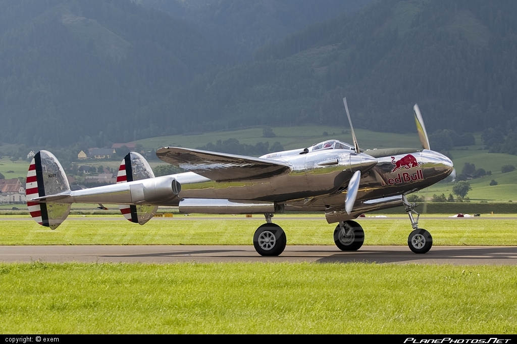 Lockheed P-38L Lightning - N25Y operated by The Flying Bulls #airpower #airpower2009 #lockheed #theflyingbulls