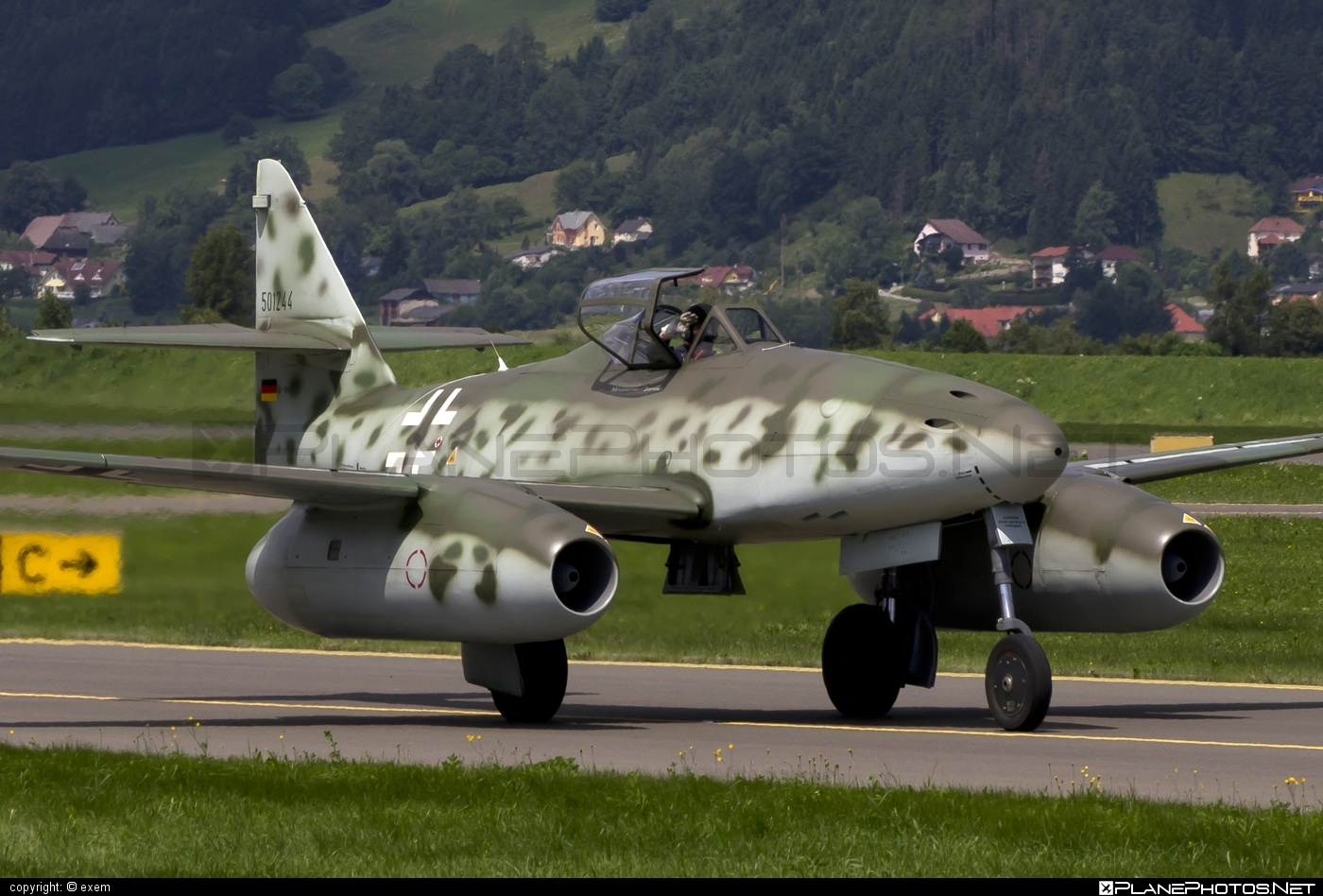 Messerschmitt Me 262A-1c Schwalbe (replica) - D-IMTT operated by Messerschmitt Foundation #me262 #me262replica #me262schwalbe #messerschmitt