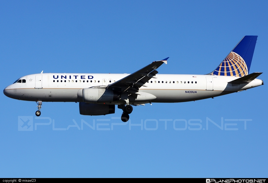 Airbus A320-232 - N420UA operated by United Airlines #a320 #a320family #airbus #airbus320 #unitedairlines
