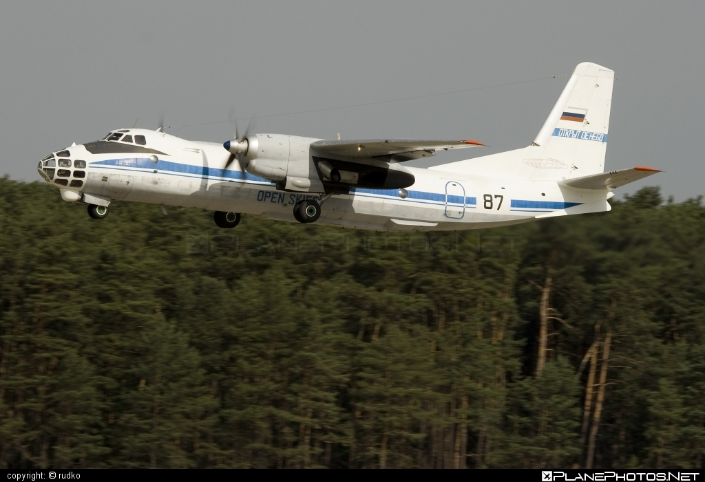 Antonov An-30 - 87 operated by Voyenno-vozdushnye sily Rossii (Russian Air Force) #an30 #antonov #antonov30