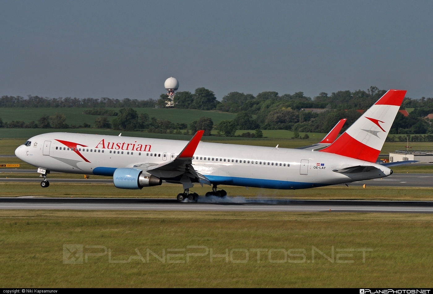 Boeing 767-300ER - OE-LAY operated by Austrian Airlines #b767 #b767er #boeing #boeing767