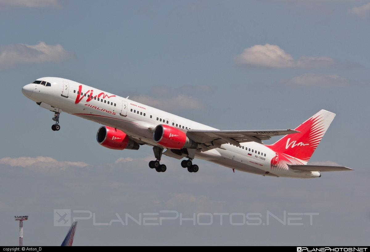 Boeing 757-200 - RA-73009 operated by Vim Airlines #b757 #boeing #boeing757