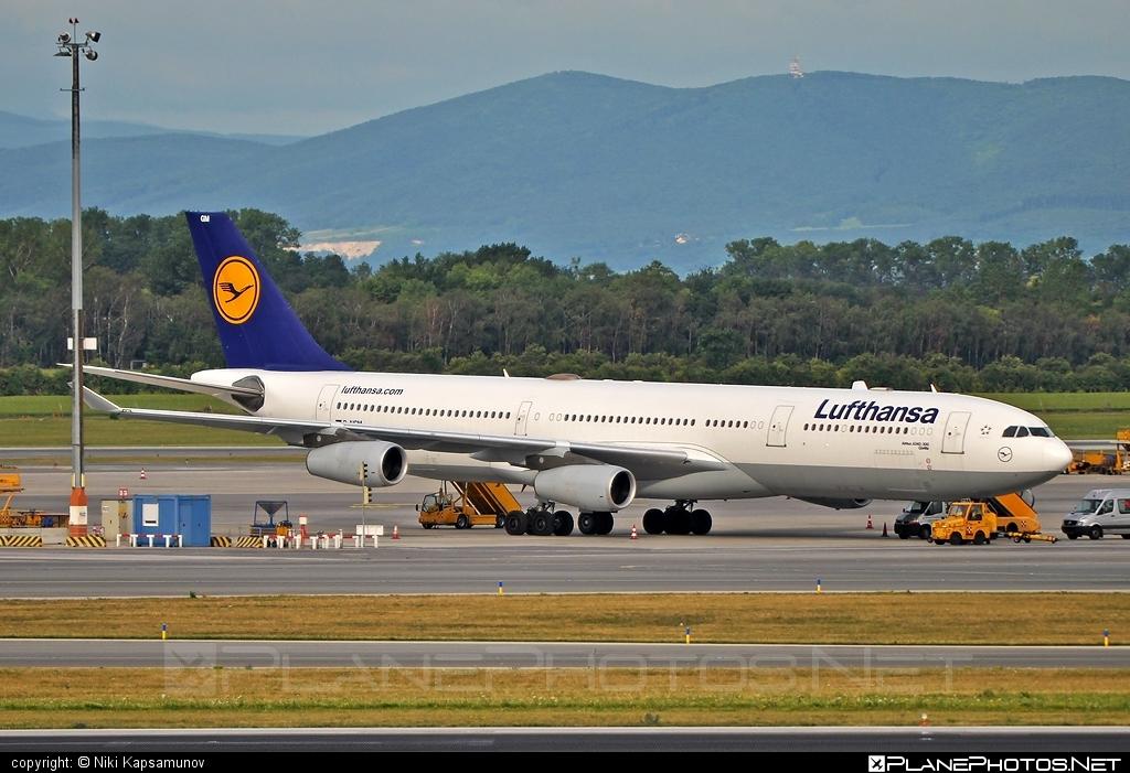 Airbus A340-313E - D-AIGM operated by Lufthansa #a340 #a340family #airbus #airbus340 #lufthansa