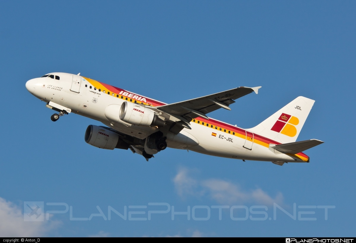 Airbus A319-111 - EC-JDL operated by Iberia #a319 #a320family #airbus #airbus319 #iberia