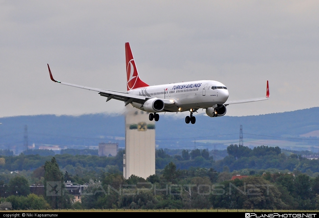 Boeing 737-800 - TC-JFT operated by Turkish Airlines #b737 #b737nextgen #b737ng #boeing #boeing737 #turkishairlines