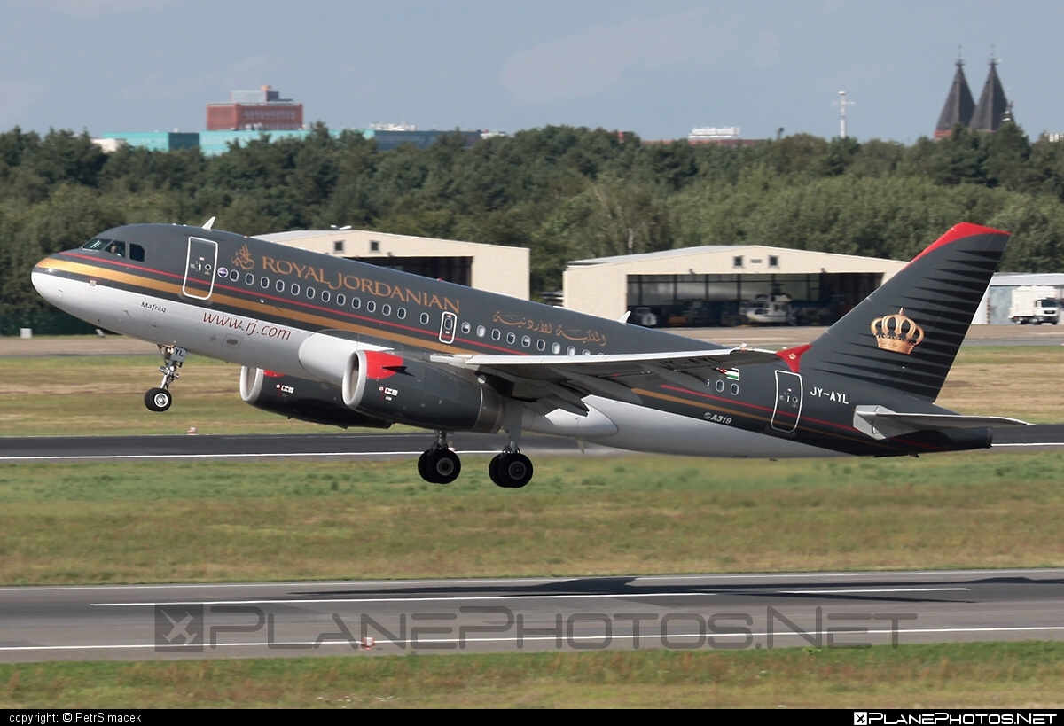 Airbus A319-132 - JY-AYL operated by Royal Jordanian #a319 #a320family #airbus #airbus319