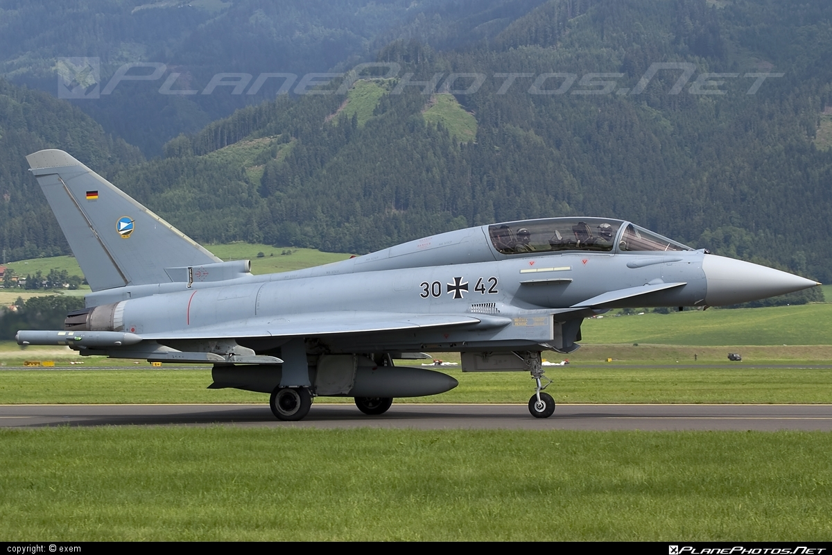 Eurofighter Typhoon T - 30+42 operated by Luftwaffe (German Air Force) #GermanAirForce #airpower #airpower2009 #eurofighter #luftwaffe #typhoon