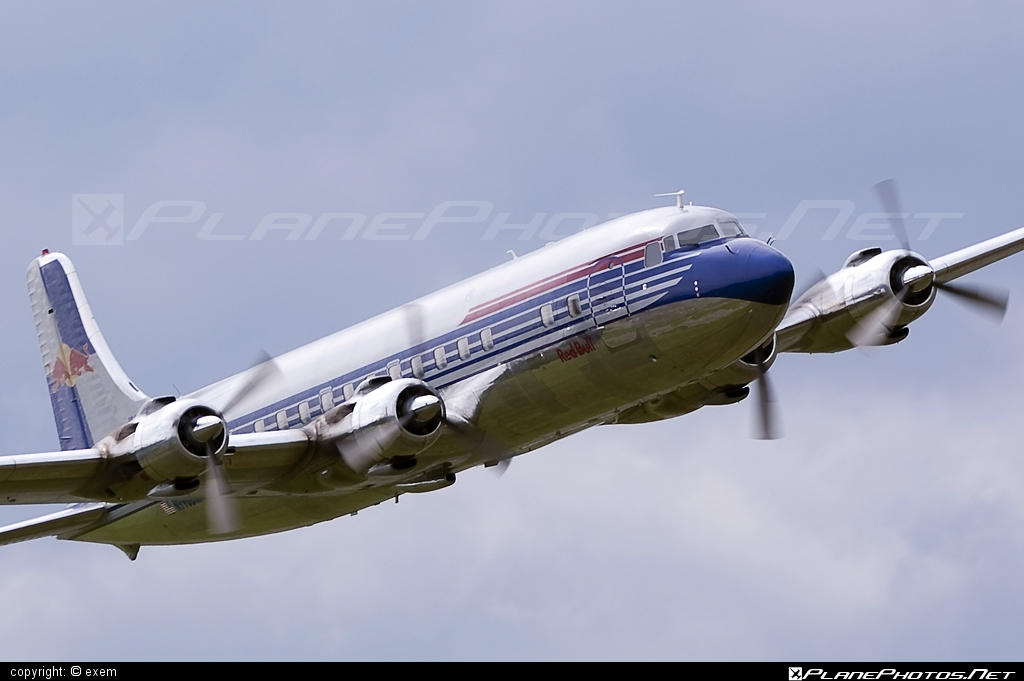 Douglas DC-6B - N996DM operated by The Flying Bulls #airpower #airpower2009 #douglas #theflyingbulls