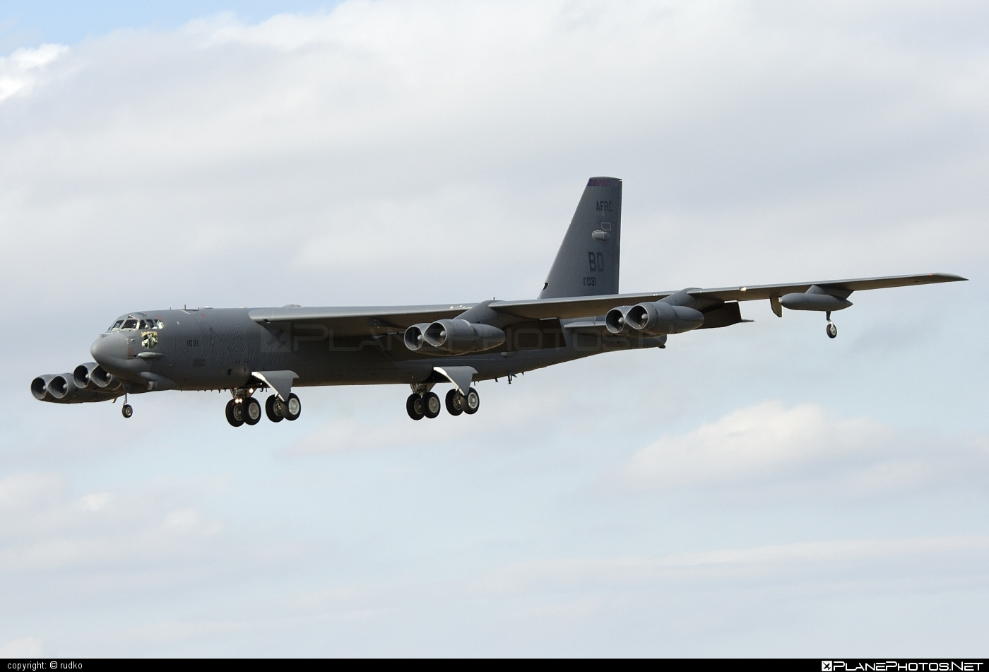 Boeing B-52H Stratofortress - 61-0031 operated by US Air Force (USAF) #b52 #boeing #natodays #natodays2012 #stratofortress #usaf #usairforce