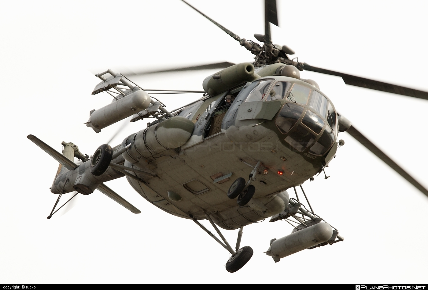 Mil Mi-171Sh - 9892 operated by Vzdušné síly AČR (Czech Air Force) #czechairforce #mi171 #mi171sh #mil #mil171 #milhelicopters #natodays #natodays2012 #vzdusnesilyacr