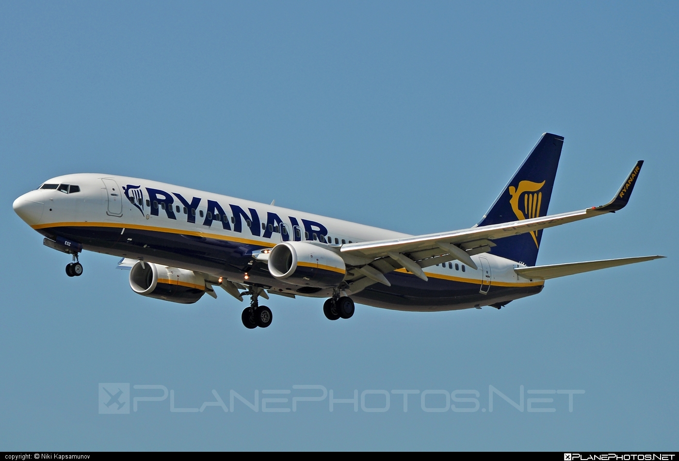Boeing 737-800 - EI-ESZ operated by Ryanair #b737 #b737nextgen #b737ng #boeing #boeing737 #ryanair