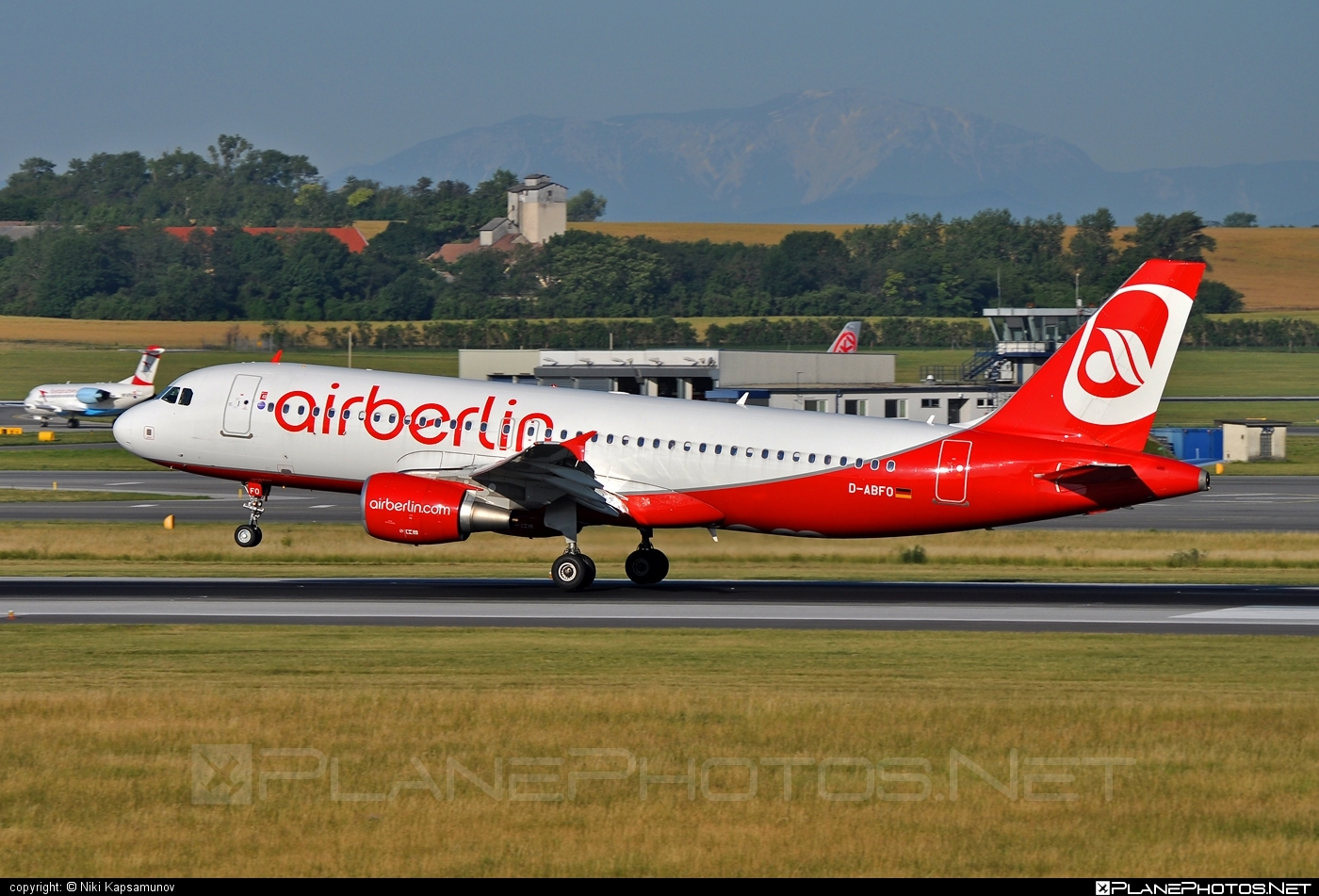 Airbus A320-214 - D-ABFO operated by Air Berlin #a320 #a320family #airberlin #airbus #airbus320