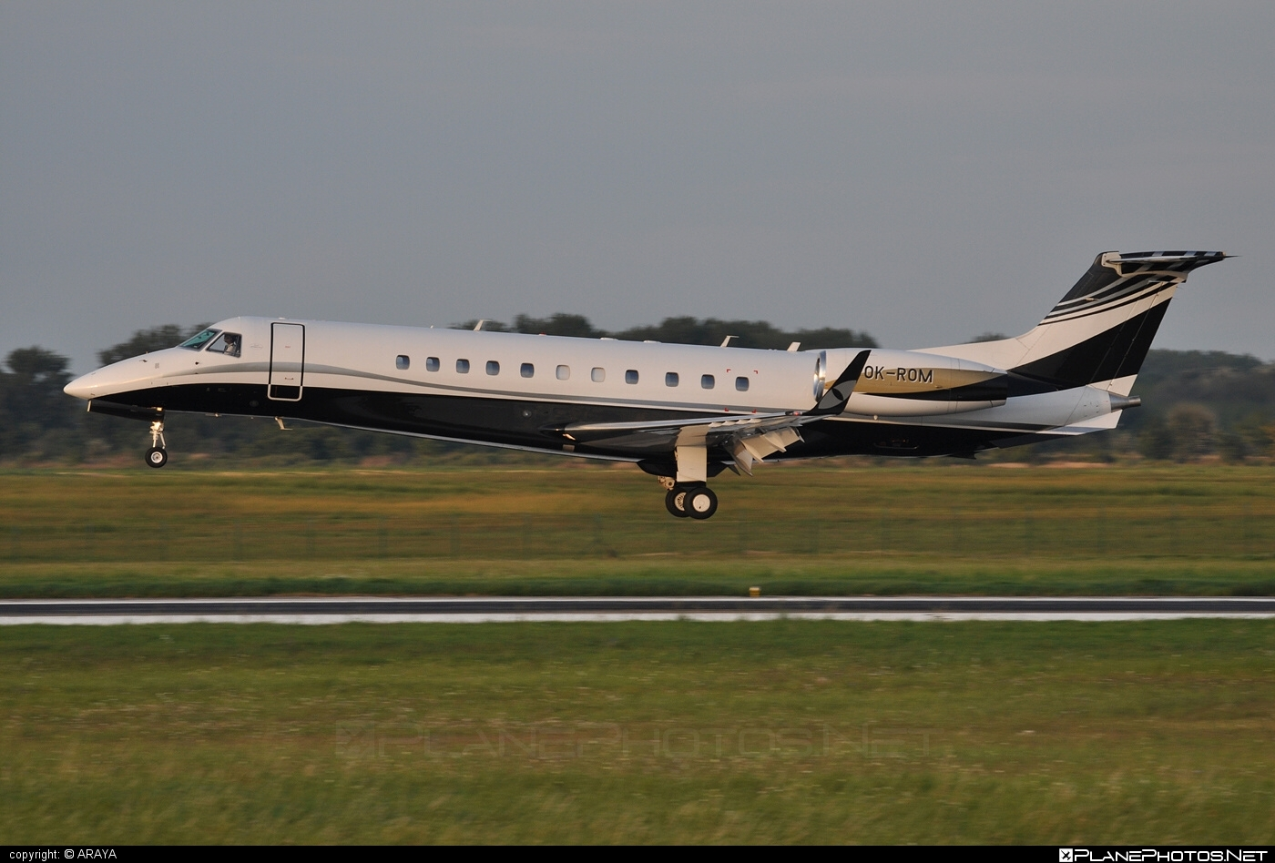 Embraer ERJ-135BJ Legacy - OK-ROM operated by ABS Jets #embraer #embraer135 #embraerlegacy #erj135 #erj135bj