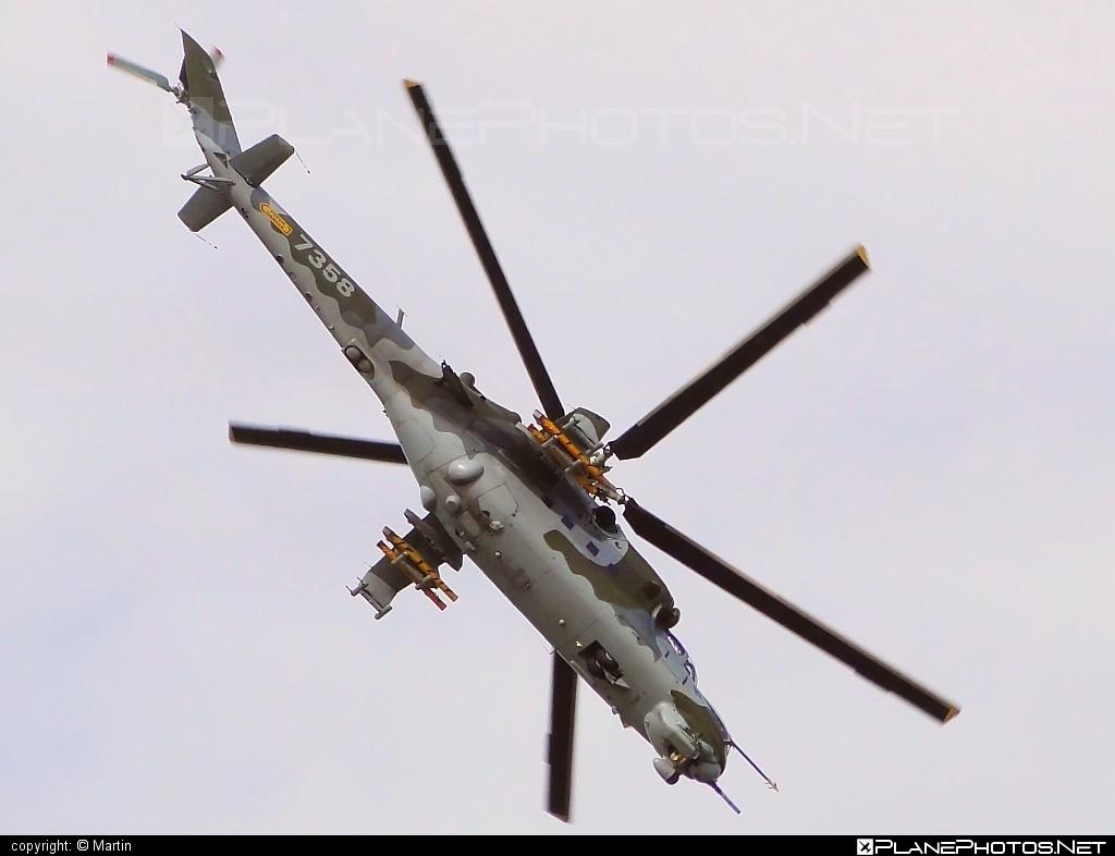 Mil Mi-24V - 7358 operated by Vzdušné síly AČR (Czech Air Force) #czechairforce #mi24 #mi24v #mil #mil24 #mil24v #milhelicopters #vzdusnesilyacr