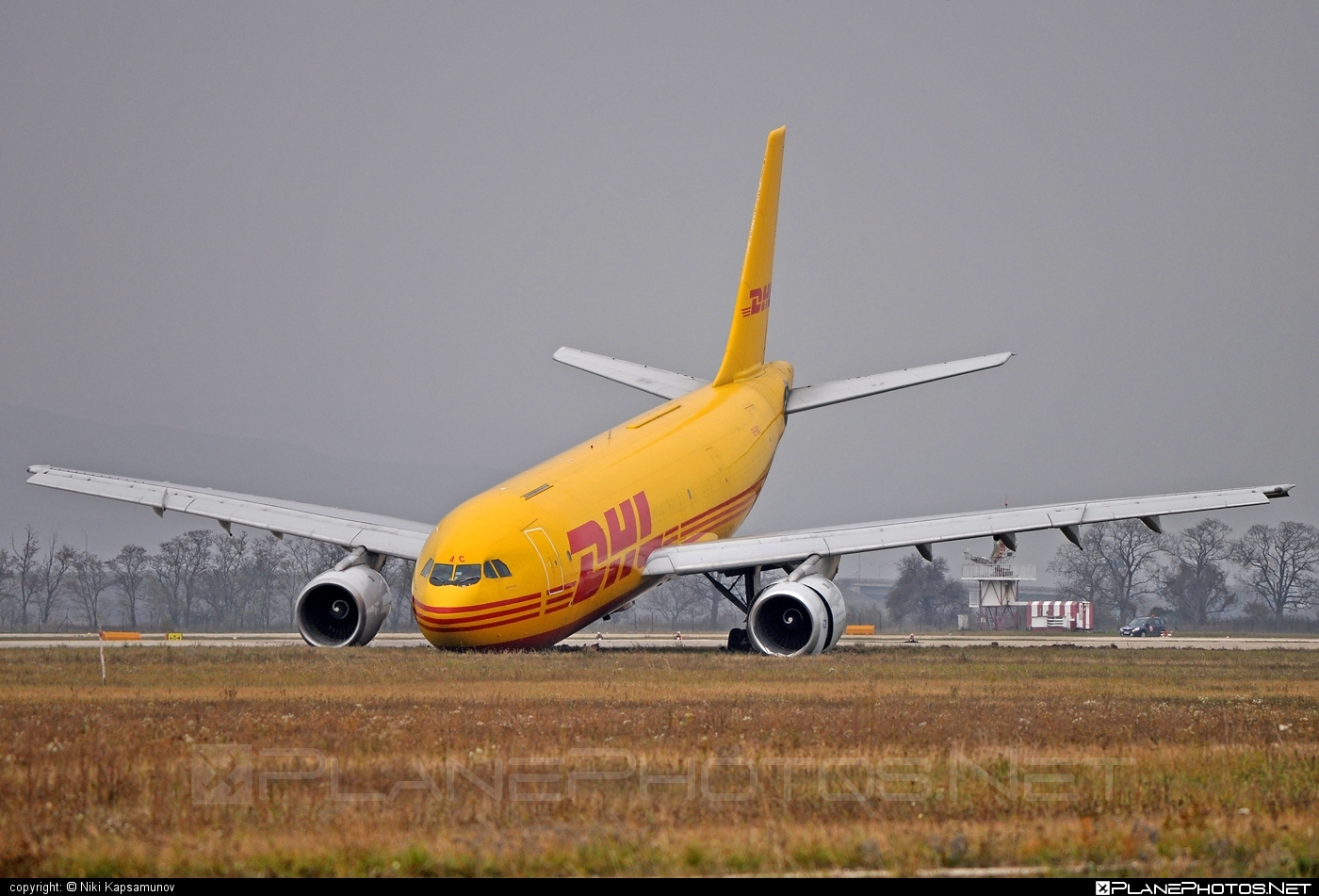 Airbus A300B4-203F - EI-EAC operated by Air Contractors #a300 #airbus #frontgearcollapsed