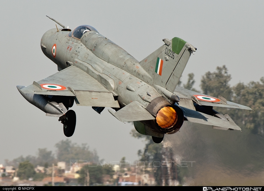 Hindustan MiG-21 Bison - CU2235 operated by Bharatiya Vāyu Senā (Indian Air Force) #hindustan #mig21 #mig21bison