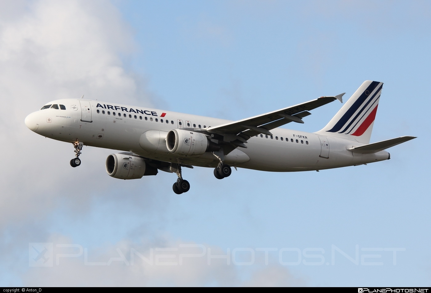 Airbus A320-211 - F-GFKR operated by Air France #a320 #a320family #airbus #airbus320 #airfrance