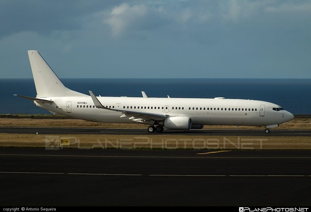 Boeing 737-900ER - N374BJ operated by Private operator #b737 #b737er #b737nextgen #b737ng #boeing #boeing737